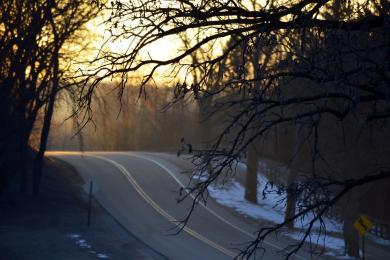 Trudne warunki na drogach. Policja apeluje o ostrożność