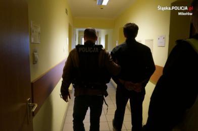 Oszust w rękach policji dzięki czujnej pracownicy banku