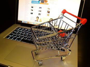 Zakupy w sieci - uwaga na oszustów!