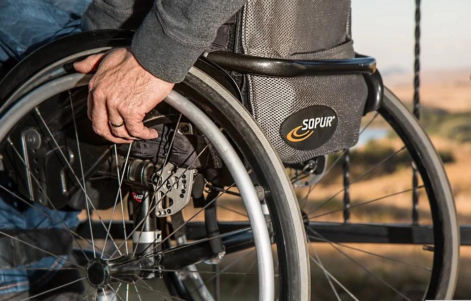 Pomoc PFRON dla osób niepełnosprawnych w związku z epidemią koronawirusa
