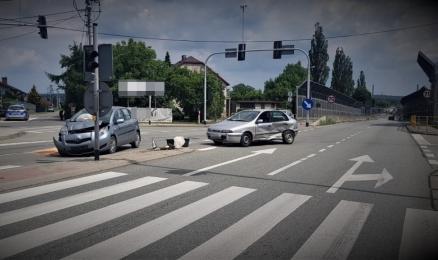 Zlekceważył sygnalizację świetlną. Kolizja w Orzeszu-Gardawicach