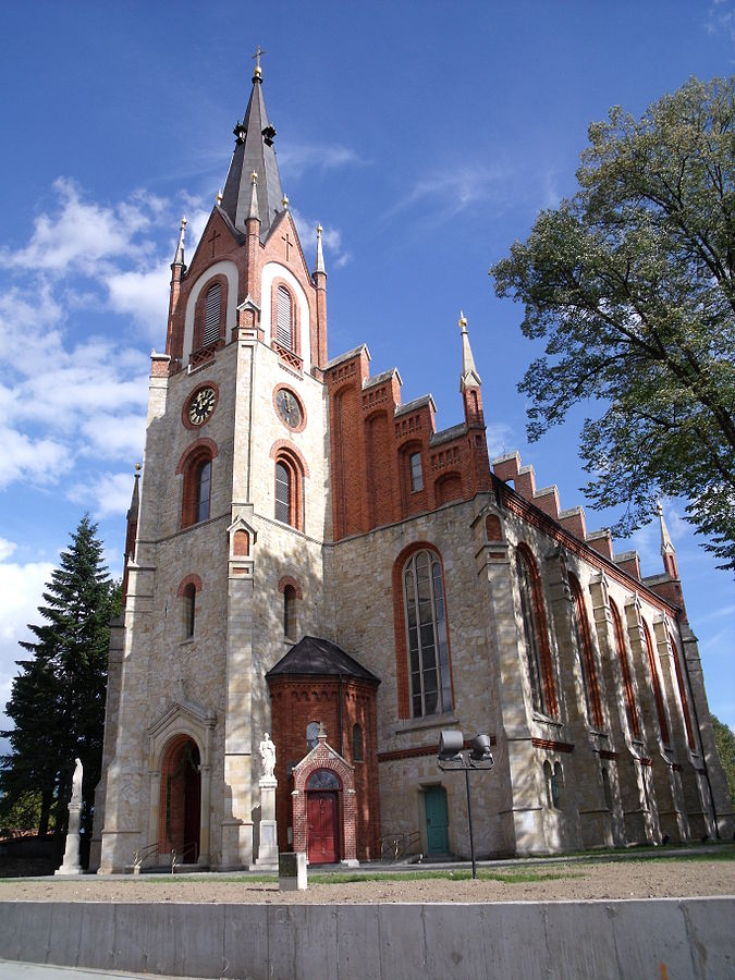 Woszczyce - Kościół pw. Świętych Apostołów Piotra i Pawła